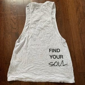 soulcycle Tops - Like New SoulCycle Find Your Soul Wheel Tank Top M
